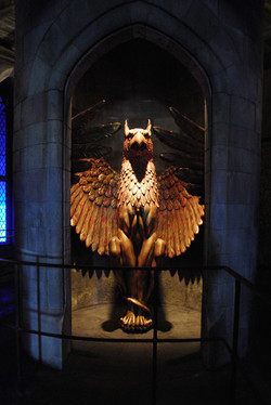 Wizarding World of Harry Potter Hollywood Phoenix_800.jpg