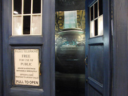 Gallifrey One 2016 TARDIS (1).jpg