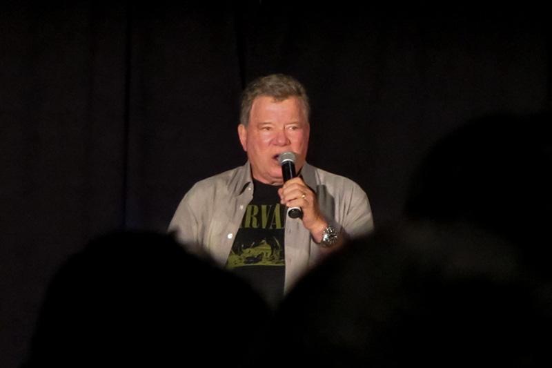 Star Trek Convention Mpls Shatner(2)_800.jpg