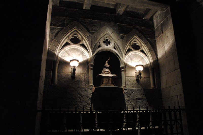 Wizarding World of Harry Potter Hollywood Hogwarts (3)_800.jpg