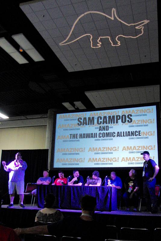 Amazing Hawaii Comic Con Oct 2016 (8)_800.jpg