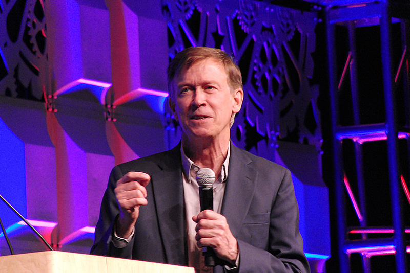 Denver Comic Con 2016 Gov. Hickenlooper_800.jpg
