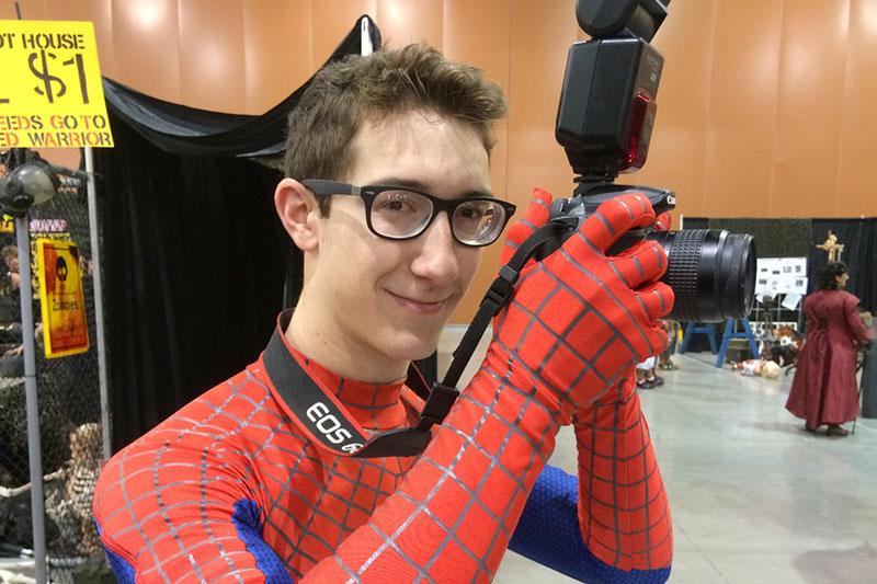 Phoenix Comicon 2015 Peter Parker cosplay_800.jpg