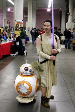 MSP ComiCon 2016 Rey and BB8 Cosplay_800.jpg