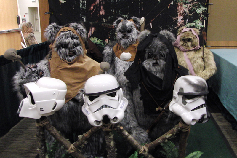 Emerald City Comicon 2016_ewoks.jpg