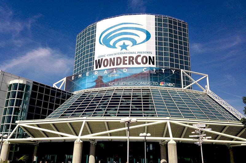 WonderCon_exterior_2016_800.jpg