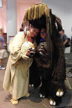 Denver Comic Con 2016 Tusken Raider & Bantha_800.jpg