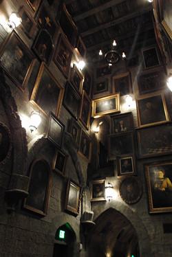 Wizarding World of Harry Potter Hollywood Hogwarts (2)_800.jpg