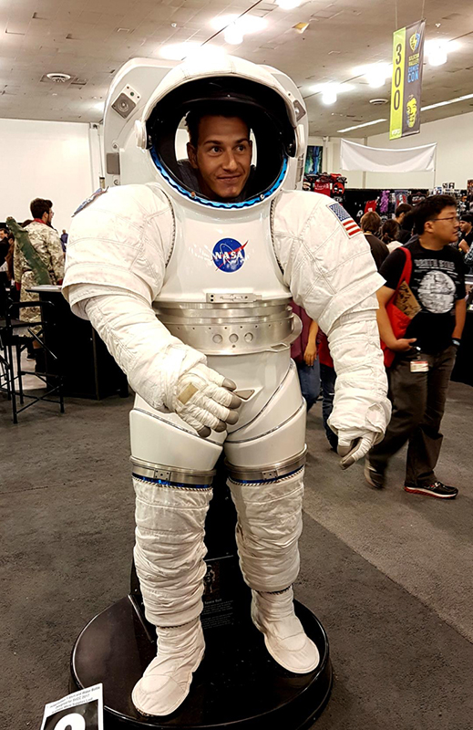 Silicon Valley Comic Con 2017_NASA photo op_800