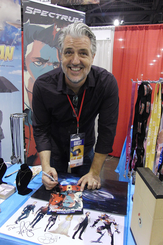 Phoenix Comicon 2016 PJ Haarsma_800.jpg