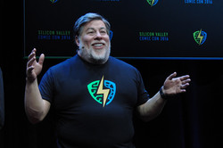 Silicon Valley Comic Con 2016 Madame Tussauds Woz in wax_800.jpg