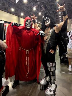 Phoenix Comicon 2016 Crimson Ghost & KISS_800.jpg