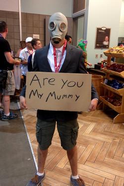 Denver Comic Con 2016 Doctor Who Empty Child Cosplay_800.jpg