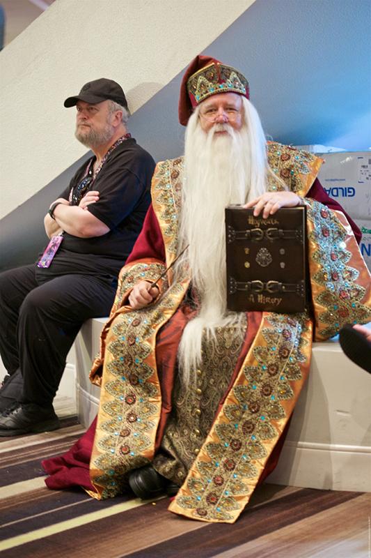 Dragon Con 2017 Dumbledore cosplay