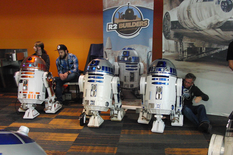 Silicon Valley Comic Con 2017_R2 Builders_800