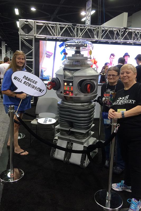 WonderCon 2015 Lost in Space Robot.jpg