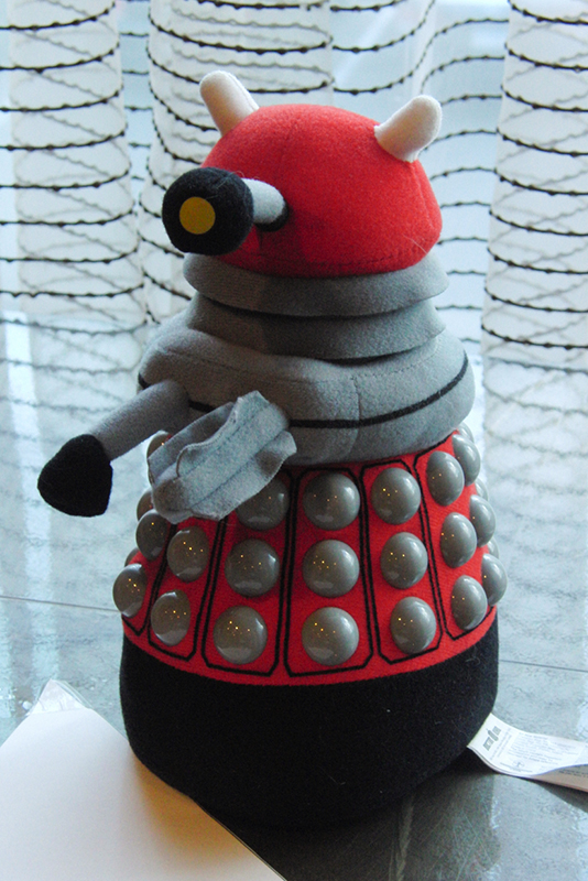 CONsole Room 2017_Stuffed Dalek_800
