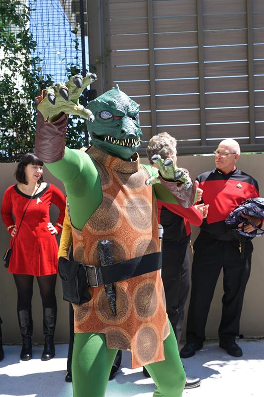 Dragon Con 2017 Gorn cosplay