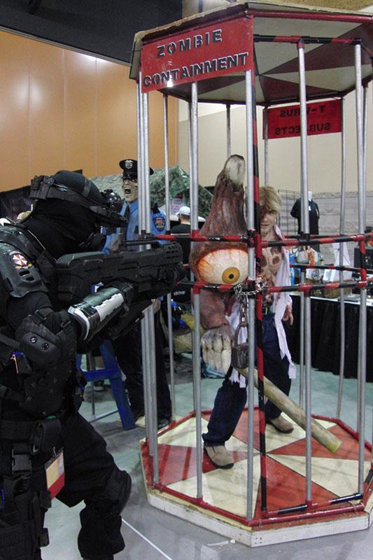 Phoenix Comicon 2015 Zombies (1)_800.jpg