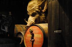 Wizarding World of Harry Potter Hollywood Hog's Head Pub (1)_800.jpg