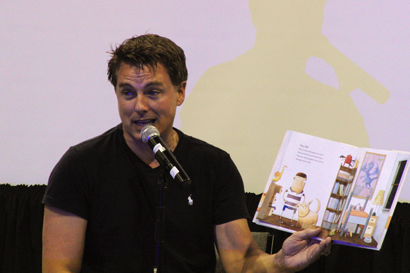 Denver Comic Con 2016 John Barrowman_800.jpg