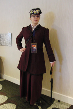 CONsole Room 2018 Missy cosplay_800