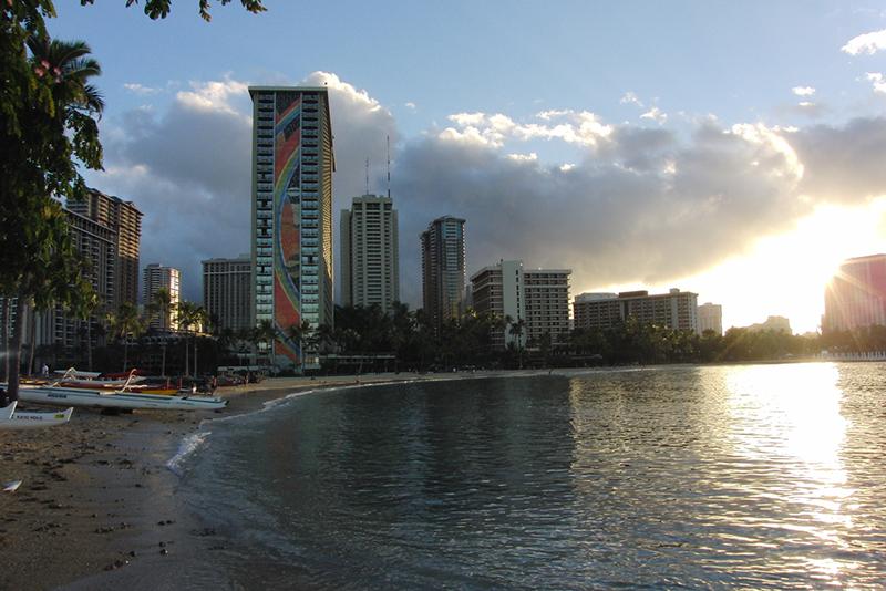Amazing Hawaii Comic Con Oct 2016_800.jpg