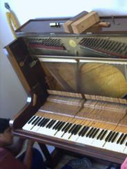 Instalación de piano