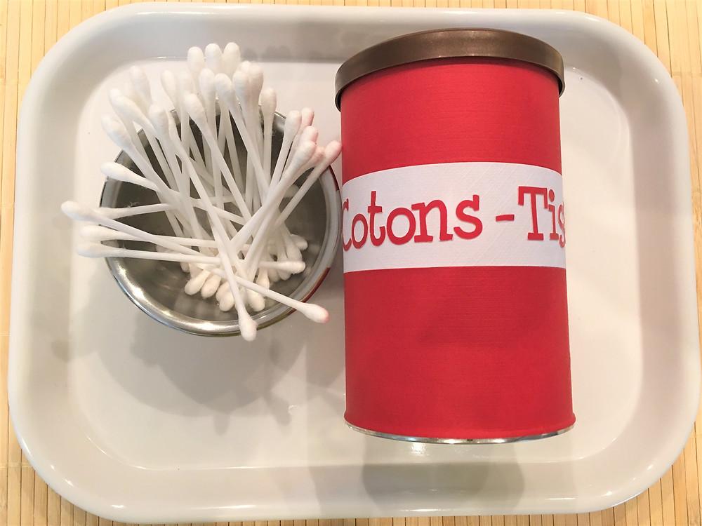 Atelier Montessori Motricité Fine/Transvasement (jusqu'à 3ans): les Cotons-Tiges