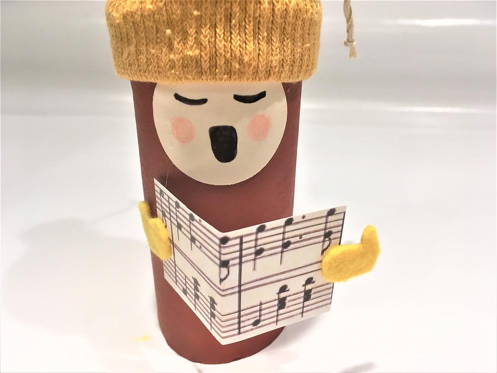 DIY tuto tutoriel bricolage de Noël pour enfants de 18 mois à 4 ans en rouleaux de papier toilette, recyclage rouleaux de papier toilette
