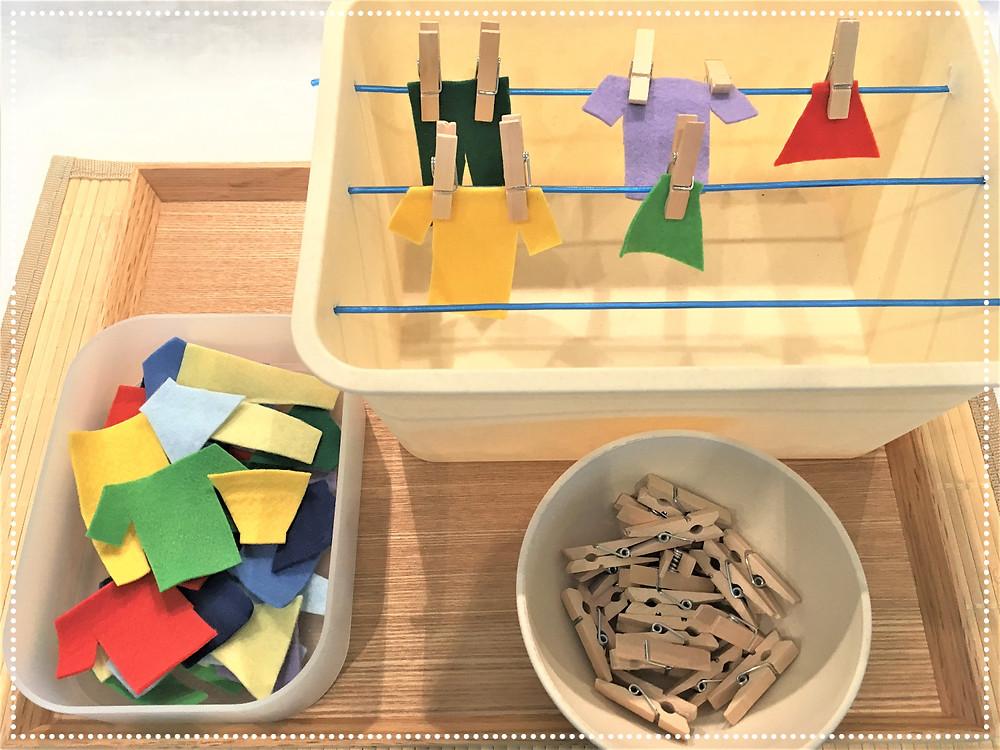 Atelier DIY Montessori : Etendre le linge (mini)