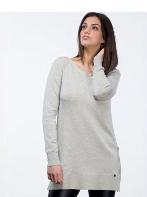 Jersey beige largo con botones laterales