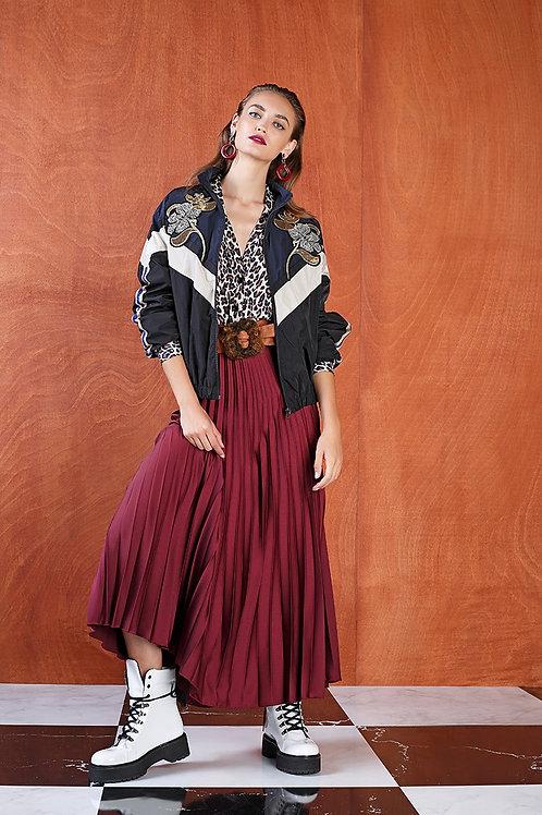 Falda plisada midi color granate