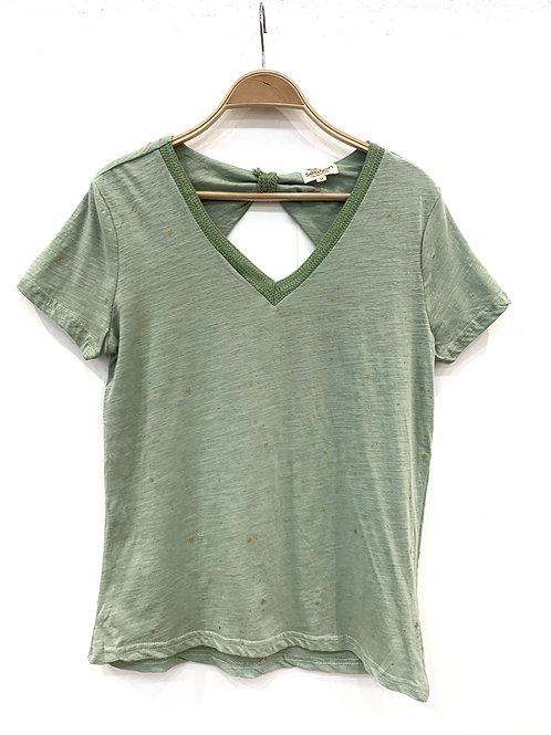 Camiseta verde estrellitas