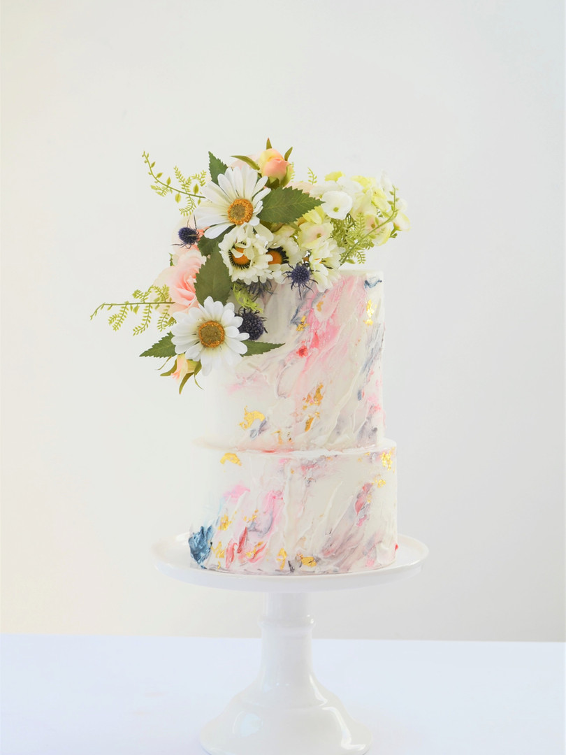 Summer daisy wedding cake (2).JPG