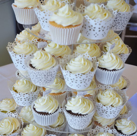 White Lace Buttercream Cupcakes