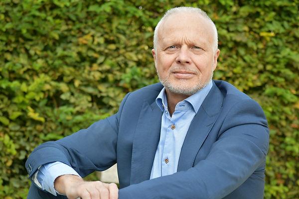 Thierry Devresse - Managing Director MMBB