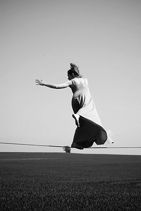 Art So Nice Atelier danse contact art thérapie danse thérapie pour les artistes et sophrologues © Lucie Sarkadyova
