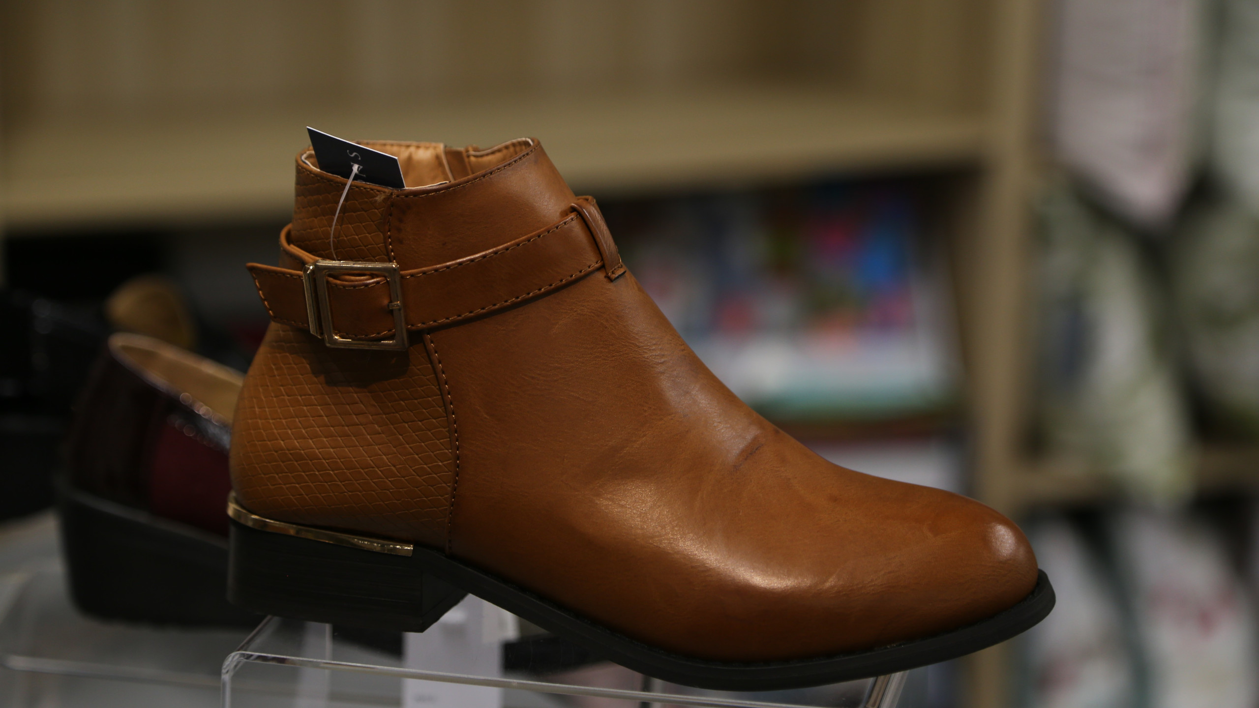 Brown Chelsea boot £29