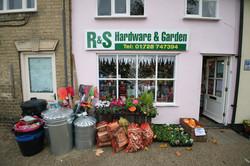 R&S Hardware & Garden,Wickham Market
