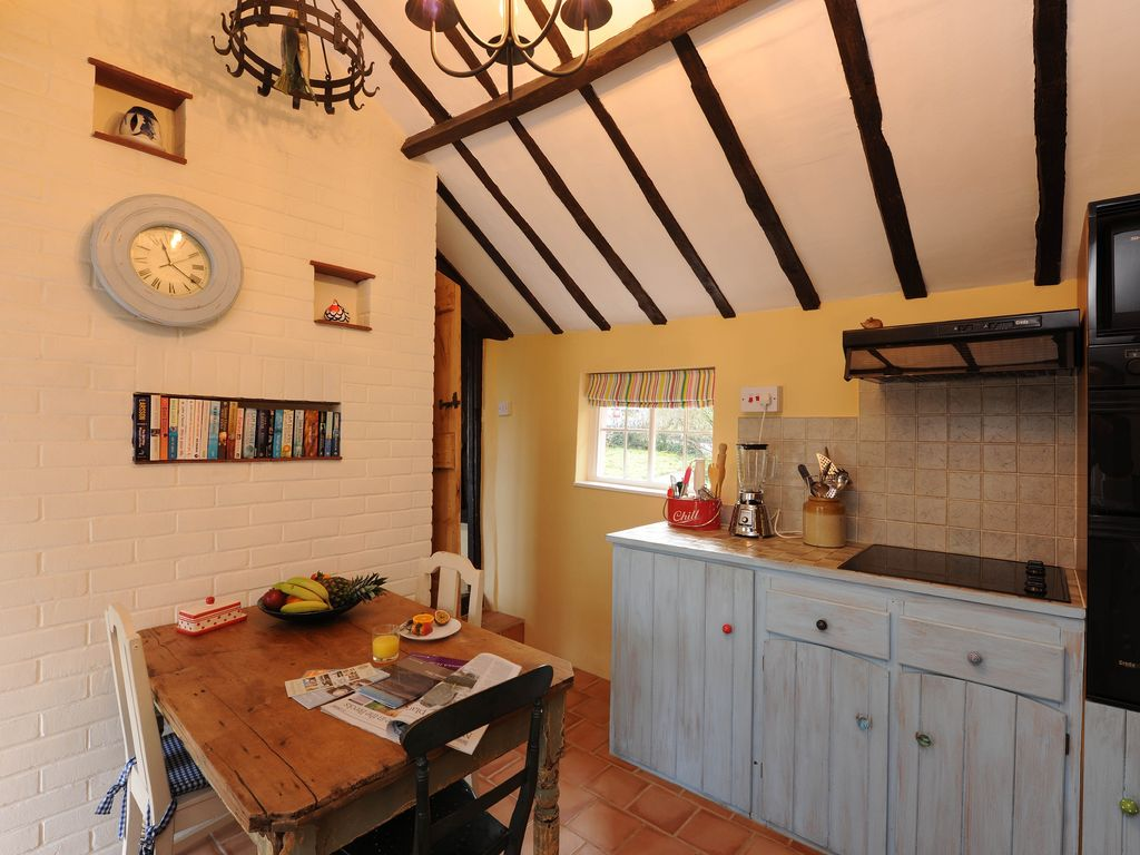 Boatmans Riverside Cottage, Suffolk
