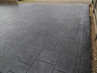 A new patterned concrete driveway