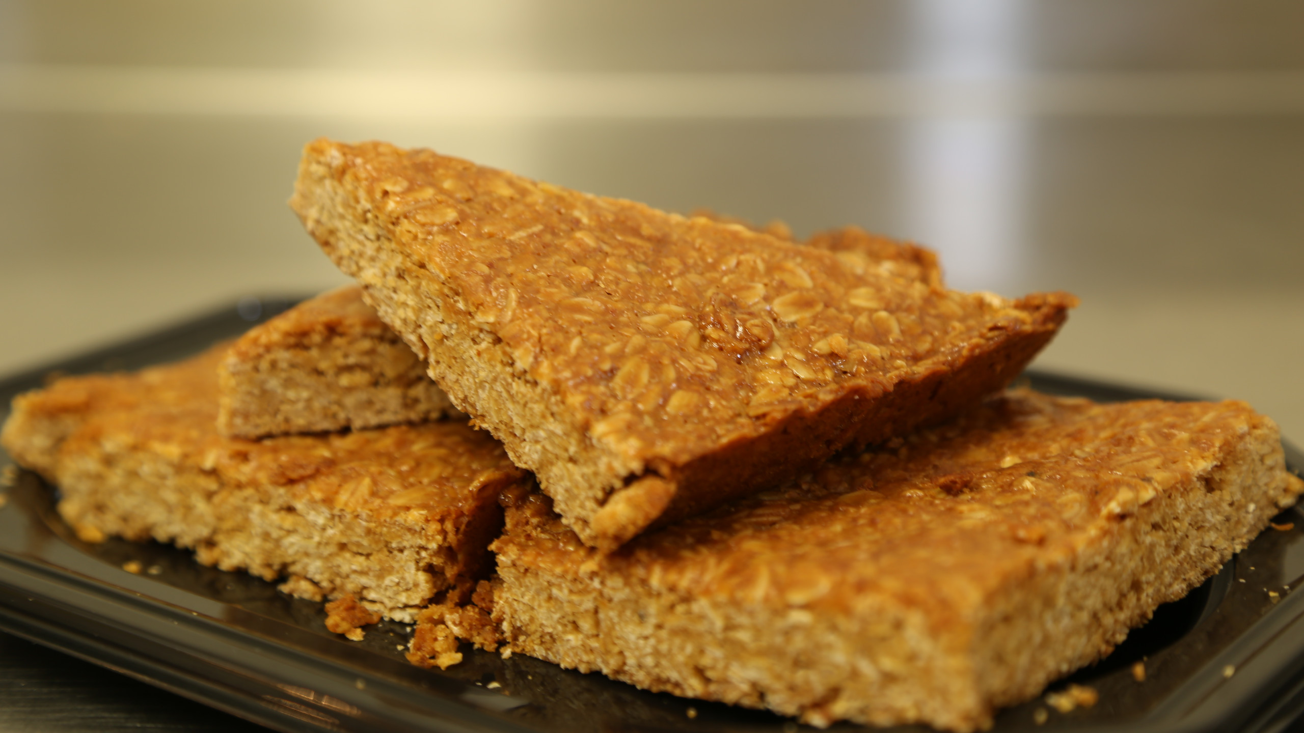 Crumbly flapjack