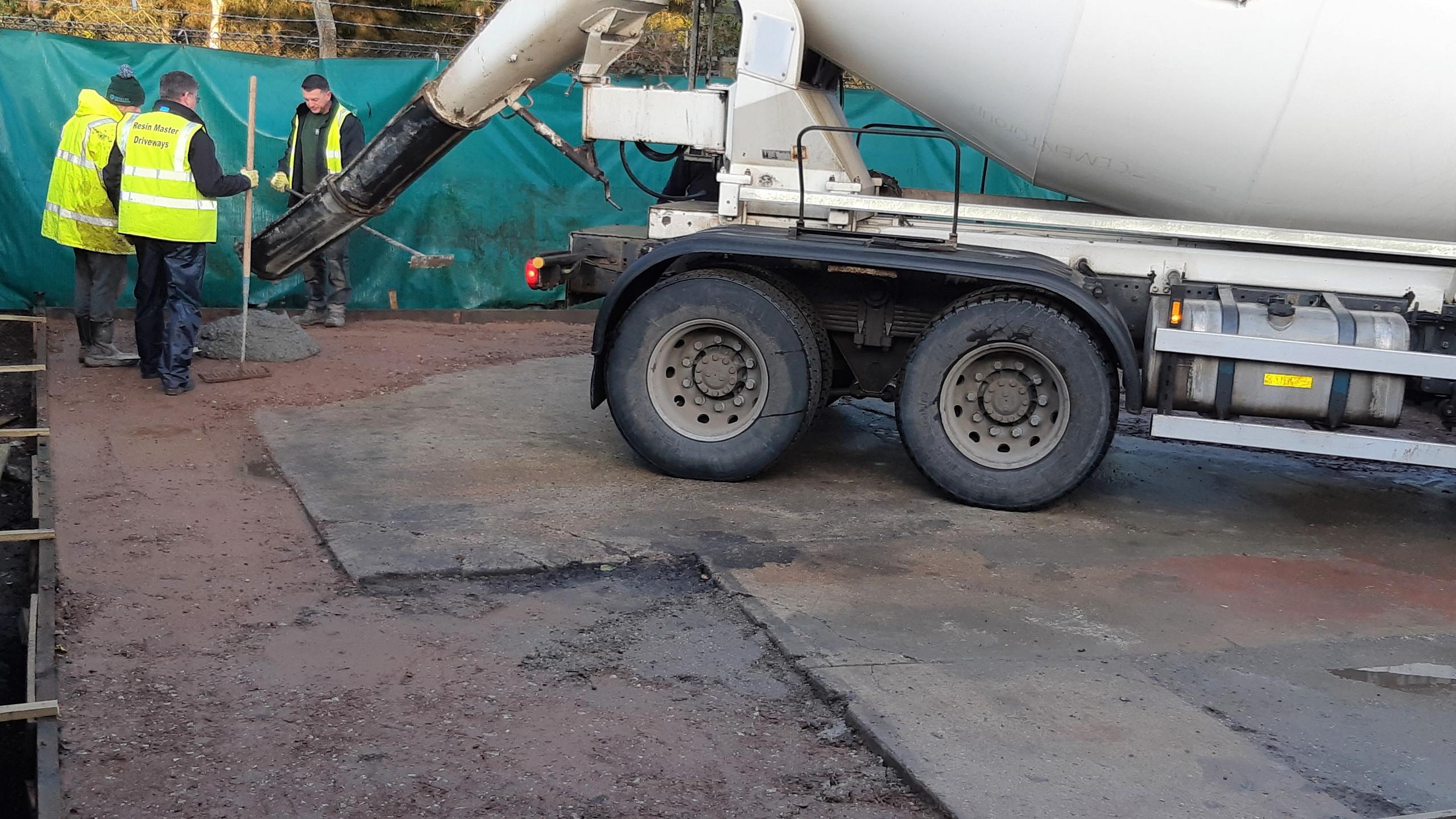 Concrete arriving