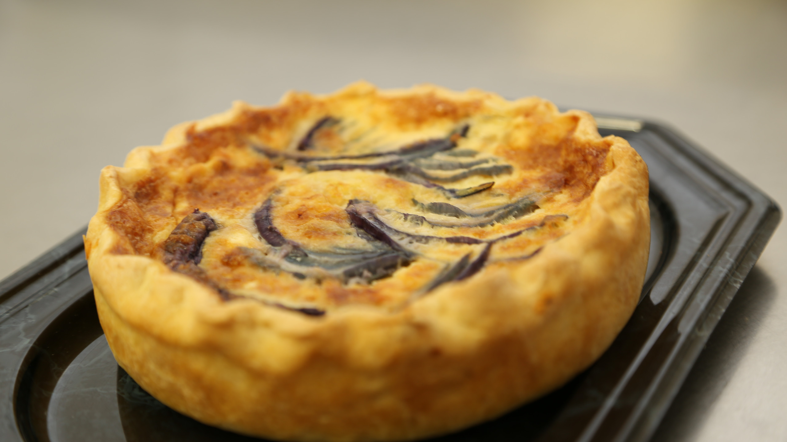 Quiche with onions