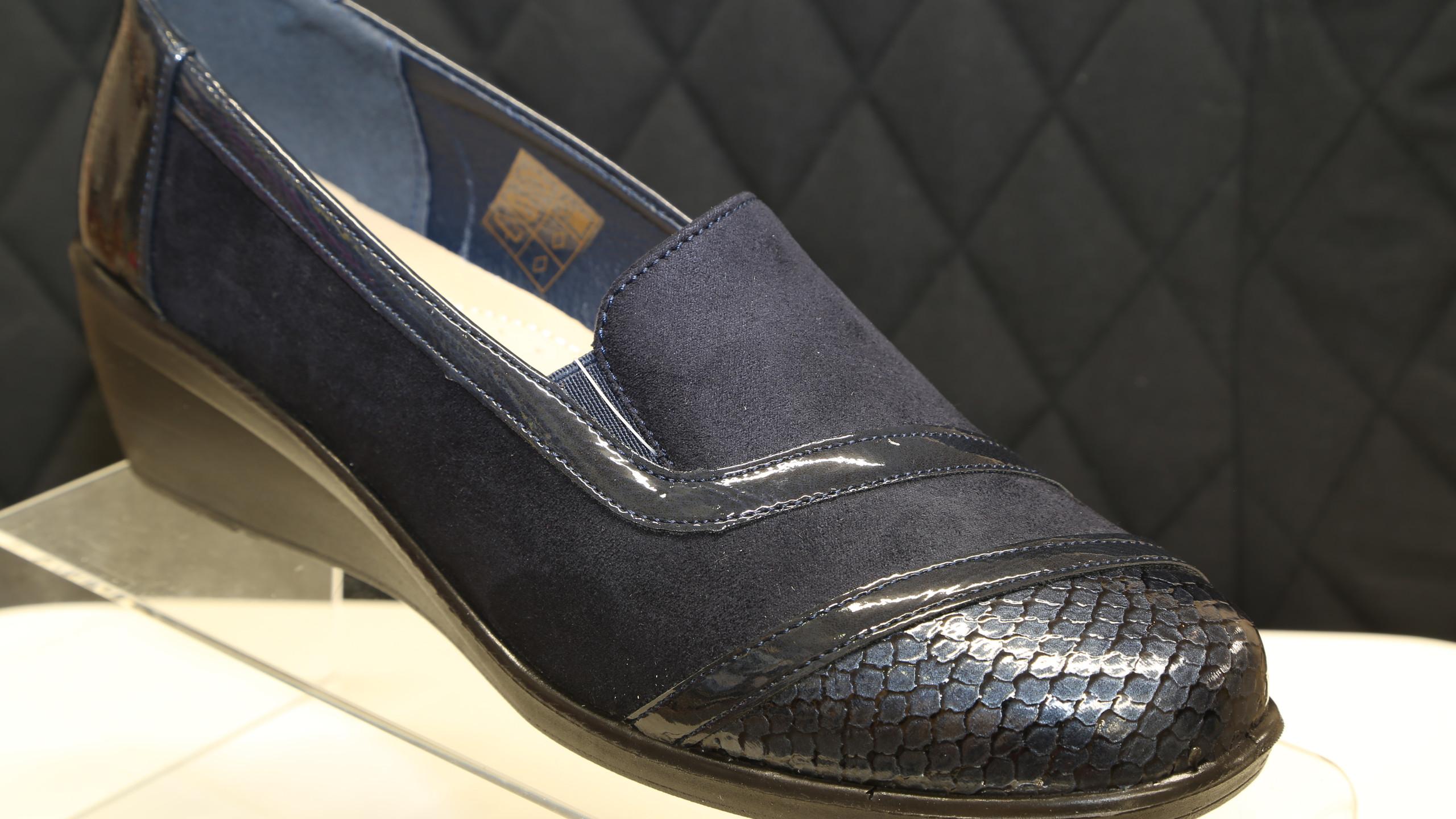 Blue Patent Toe Cap Shoes