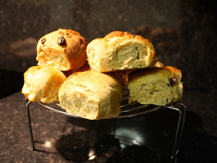 Best hot cross buns in Wickham Market?