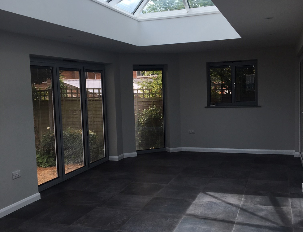 Lantern Roof & Tiled Flooring