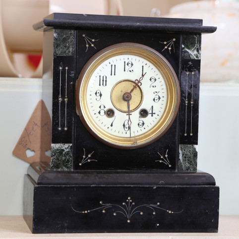 Classic mantle clock