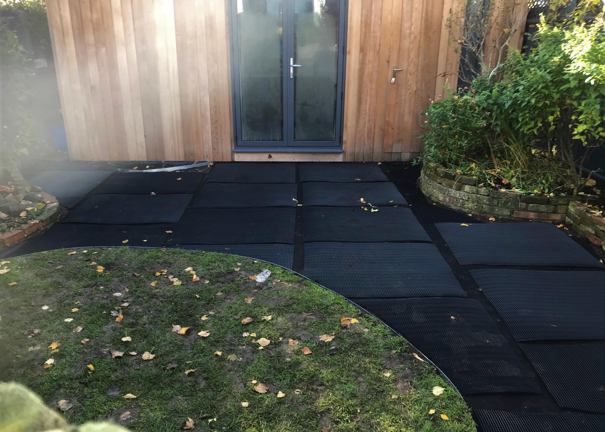 Path with matting
